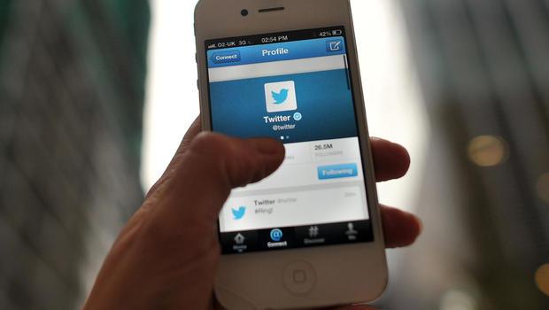 Twitter_smartphone_187249435.jpg