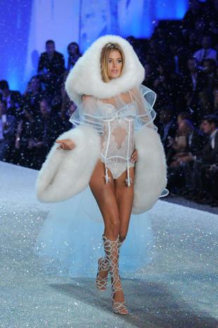 Victoria's Secret Fashion Show 2013