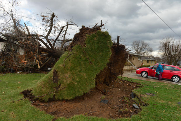 Late season storms devastate Midwest