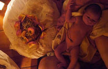 Lotus birth advocates say not to cut umbilical cord