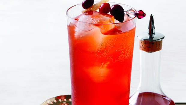 Recipe cranberry spice cocktail cbs news for Cranberry bitters cocktail recipe