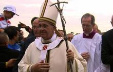 Pope Francis denounces economic inequality