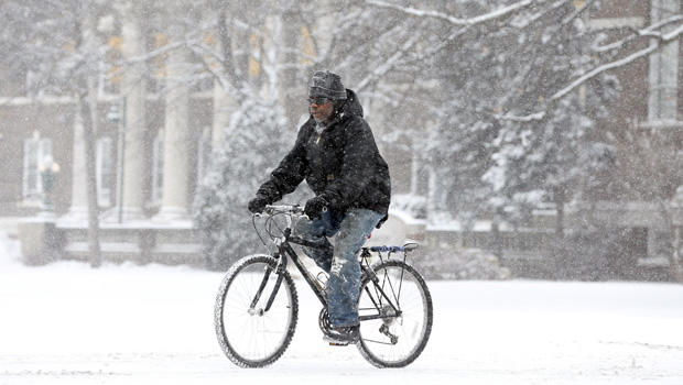 winter_weather_bicyclist.jpg