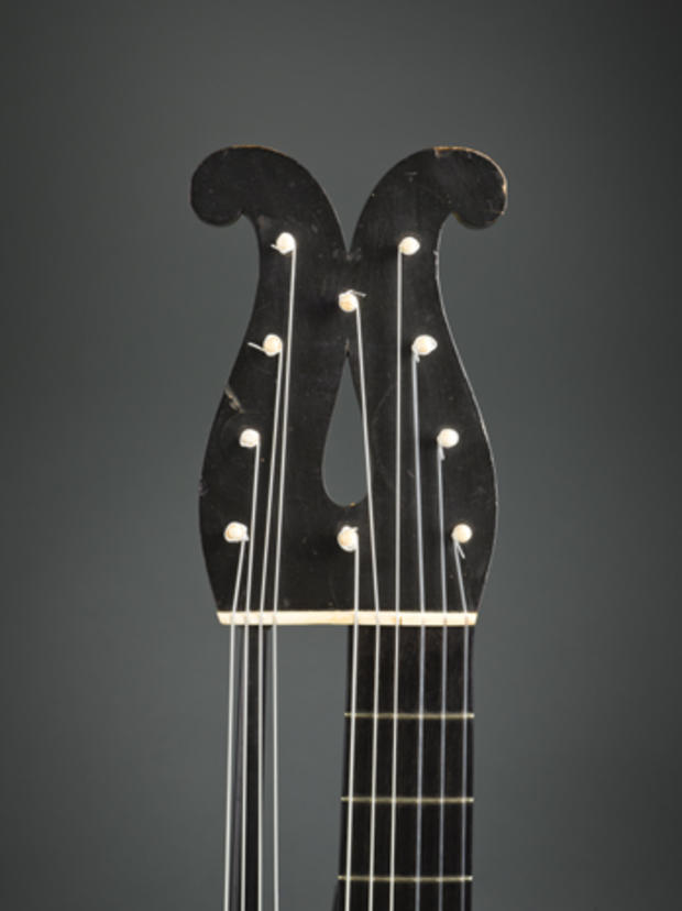 Guitars_headstock detail 20_H-00061.jpg