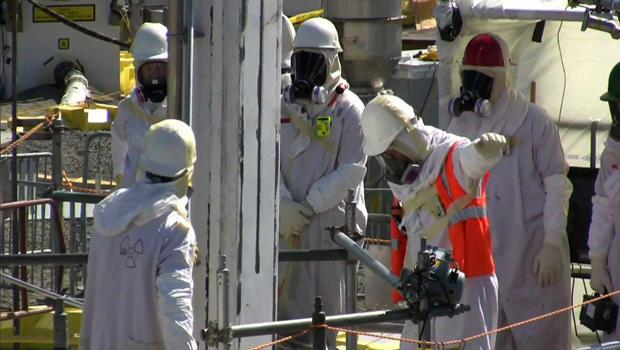 hanford-workers.jpg
