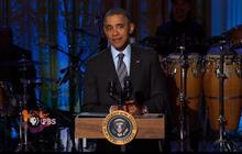 "Obama has trouble spelling ""Respect"" at Aretha Franklin tribute"