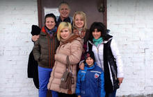 Kansas family shares story of chaotic journey home from Ukraine with four adopted children