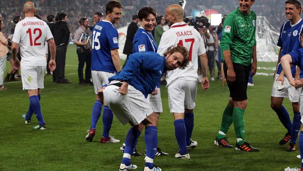 Stars who love soccer