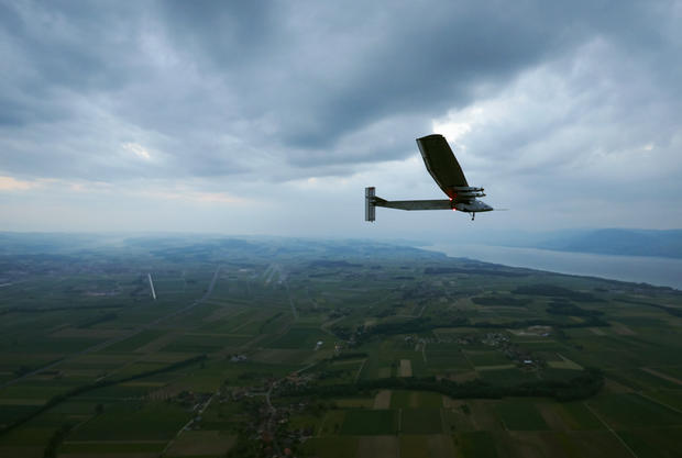 Solar powered plane to fly around the world