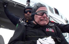 Birthday jump: George H.W. Bush skydives at age 90