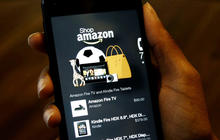 Amazon joins smartphone wars with new device