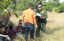 U.S. aims to aid border officials facing flood of immigrants