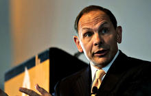 Obama to nominate former Procter & Gamble CEO Bob McDonald to head VA