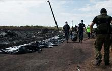 Ukraine rebels move bodies to trains, take control of black boxes