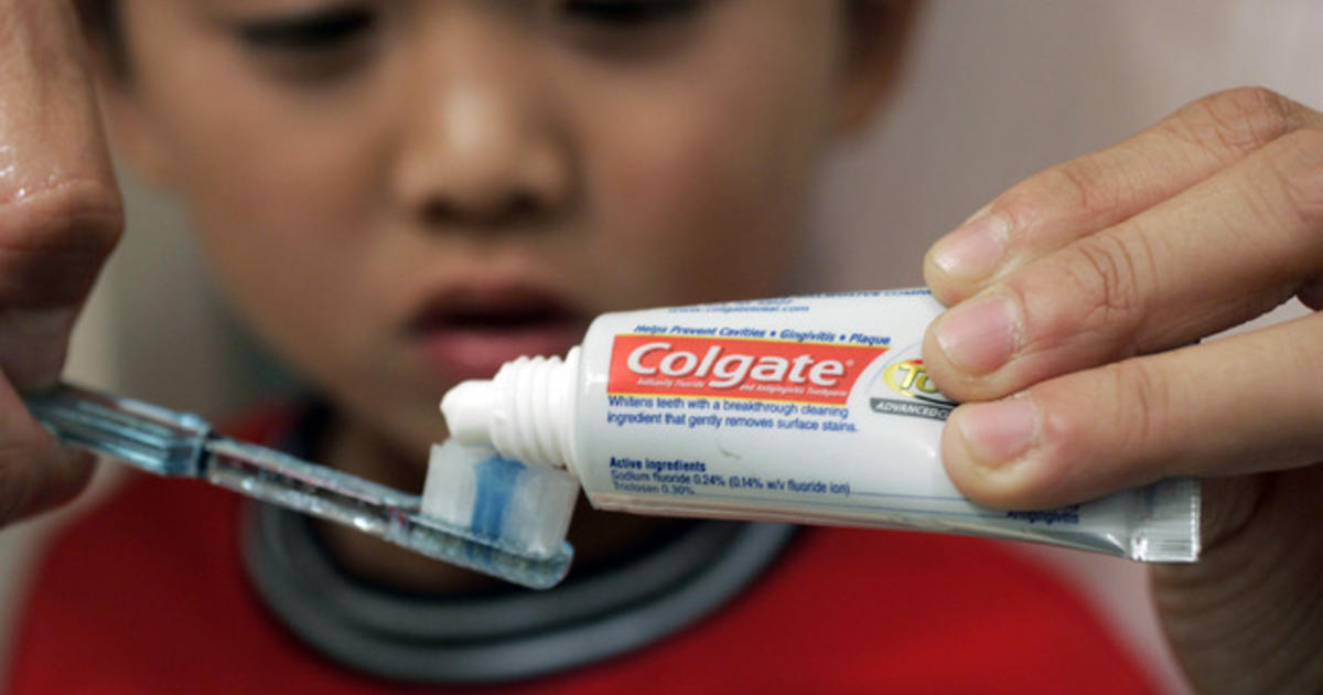 Many small children use too much toothpaste, study finds