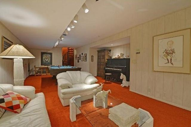 8 Remarkably Retro Time Capsule Homes Cbs News