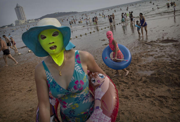 The Face-kini