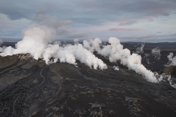Iceland volcano comes to life
