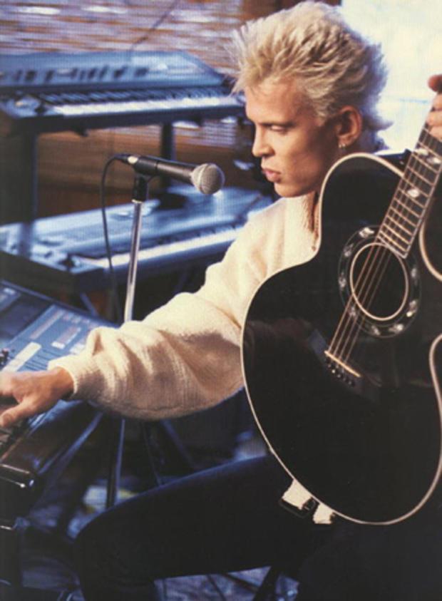 billy-idol-taylor-acoustic.jpg