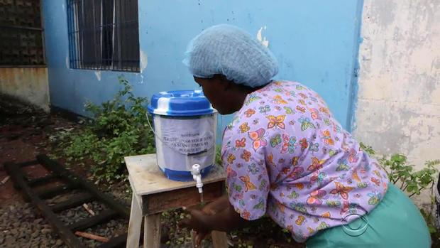 ebola-liberia-nurse.jpg