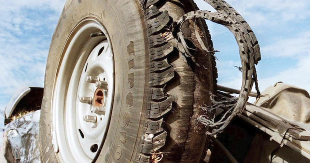 Unsafe Tires A Deadly Risk On U S Roads Cbs News