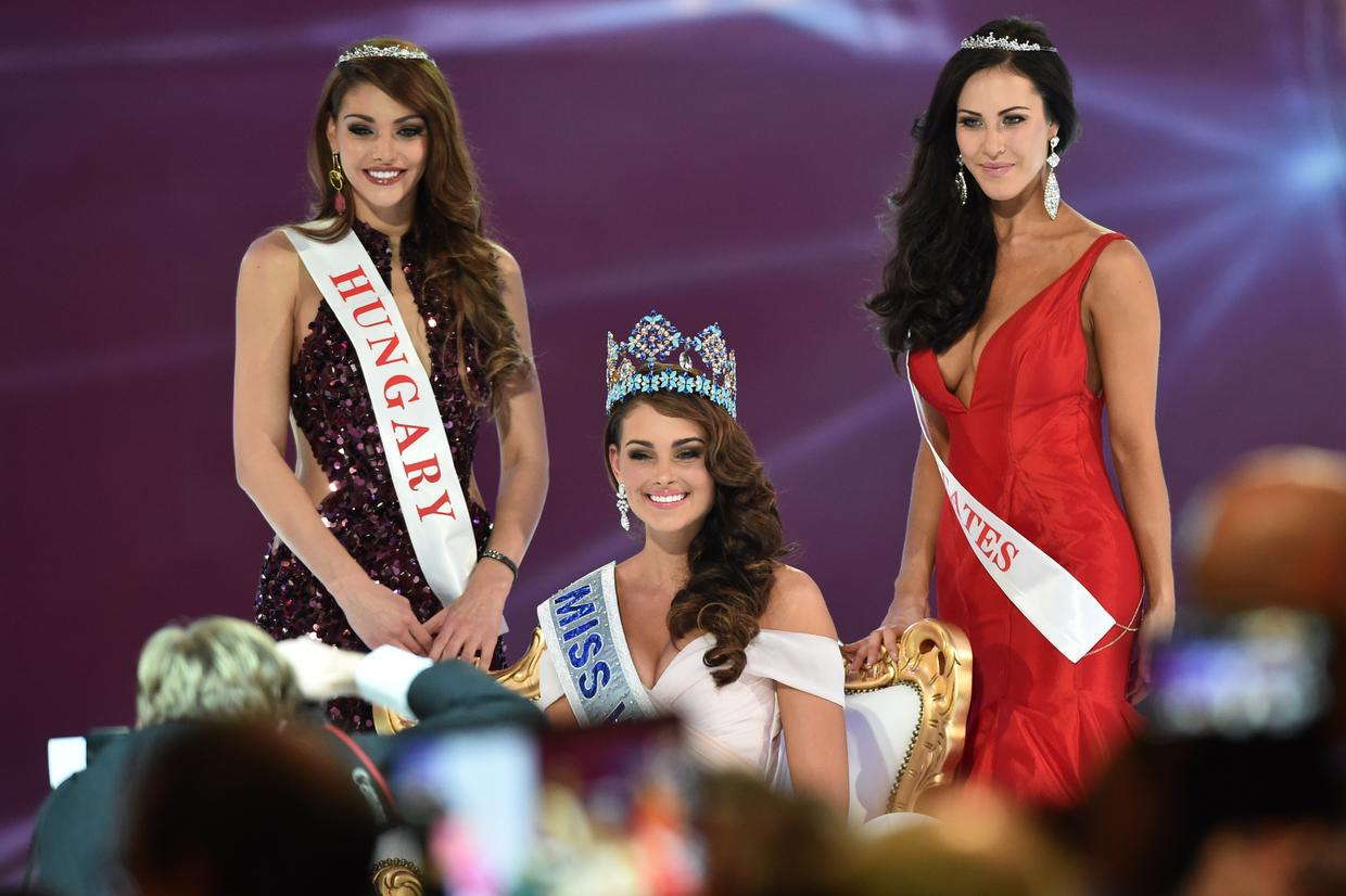 BREAKING NEWS! Miss South Africa, Rolene Strauss Wins Miss