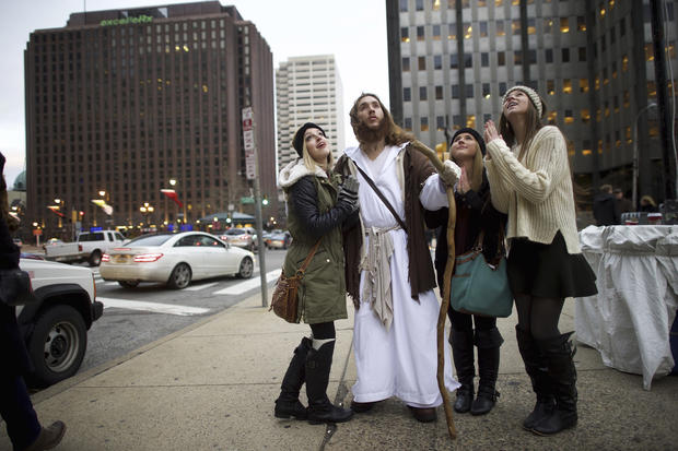 """Philly Jesus"" spreads his message around town"