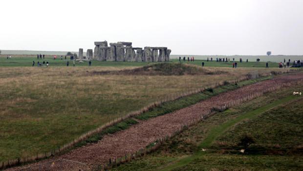 stonehenge-182533202.jpg
