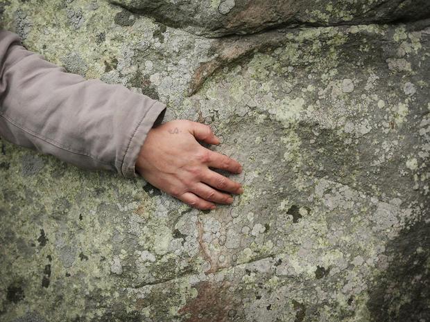 stonehenge-84101176.jpg