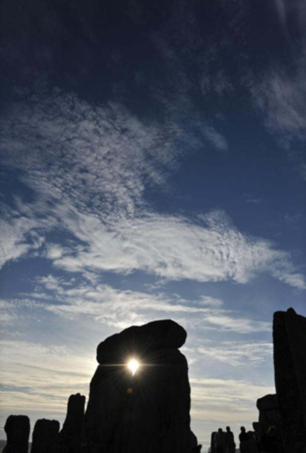 stonehenge-102262008.jpg