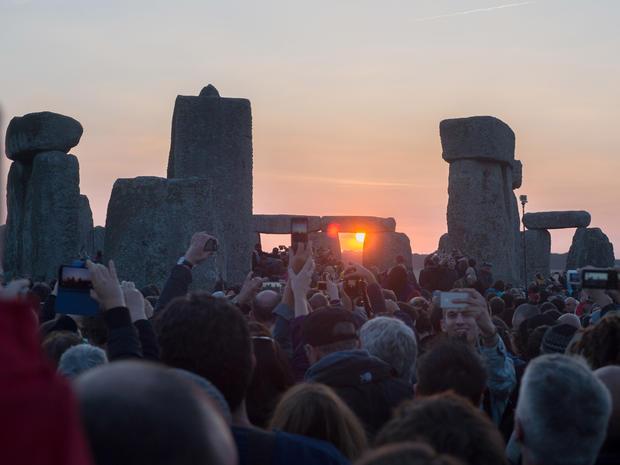 stonehenge-450970914.jpg