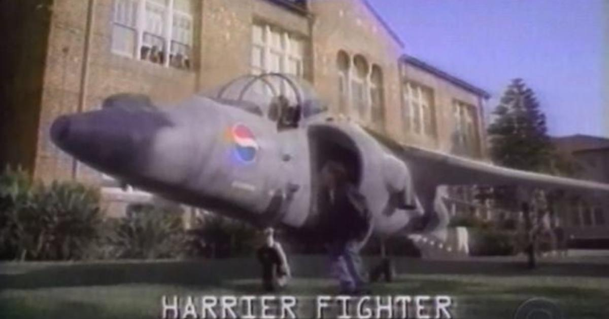 1996: Man sues Pepsi for not giving him the Harrier Jet from its