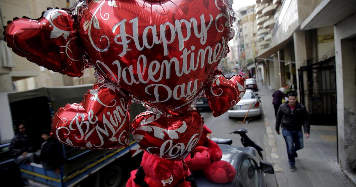 A Rand Paul valentine to Hillary Clinton - CBS News