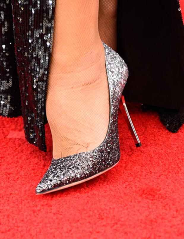high-heels-462214246.jpg