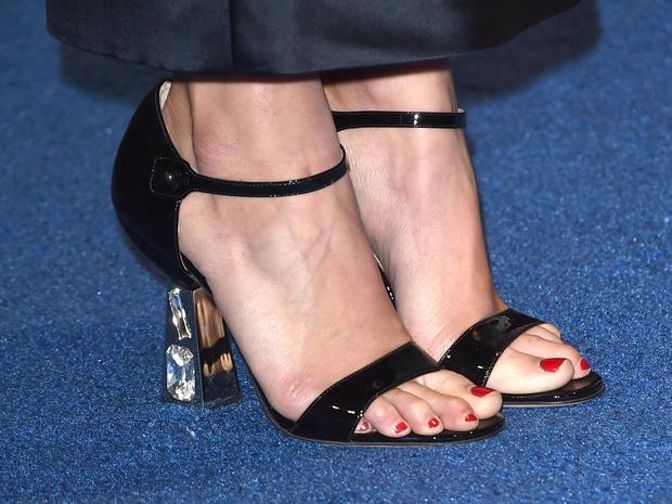 high-heels-461601692.jpg