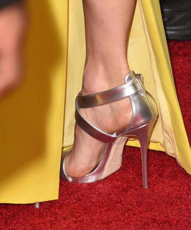 high-heels-461469510.jpg