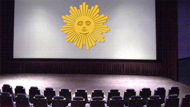 sunday-morning-movie-screen-620.jpg