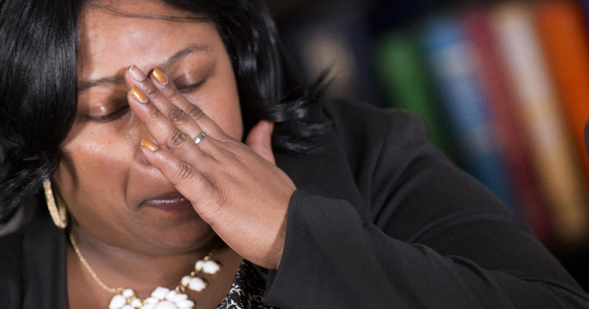 Tamir Rices Mother Responds After Cleveland Blames Boy For His Death - Cbs News-1405