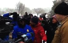 Police discourage sledding on Capitol Hill