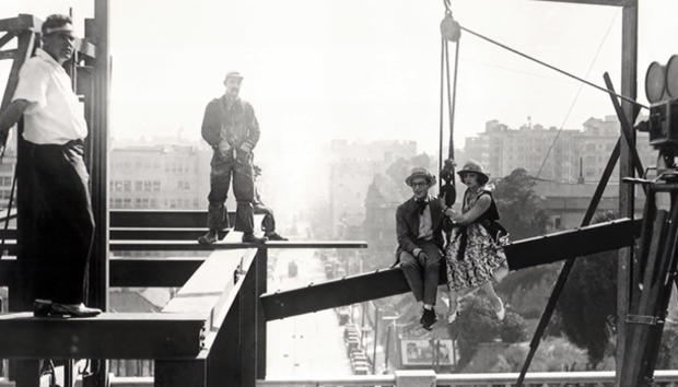 harold-lloyd-filming-look-out-below-610.jpg