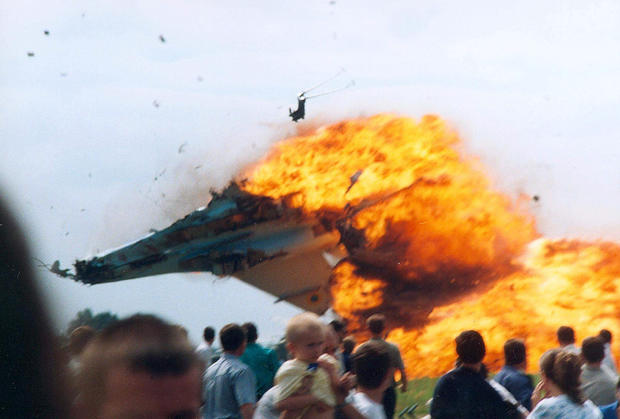 plane-crashes-reutersrtrantp.jpg