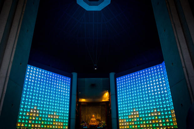High-tech LED afterlife in Japan