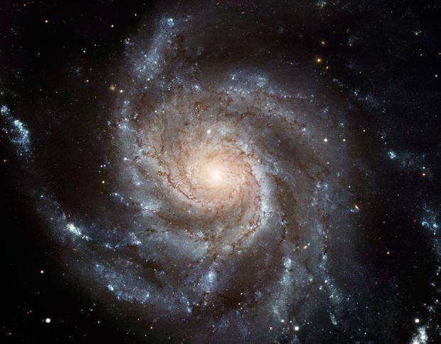 hubble-telescope-anniversaryhubblesite01.jpg