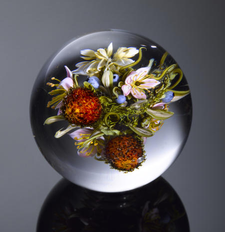 virtuoso display art frozen in glass exquisite paperweights