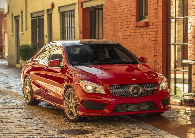 7 great new car lease deals you can get now cbs news for Mercedes benz new car deals