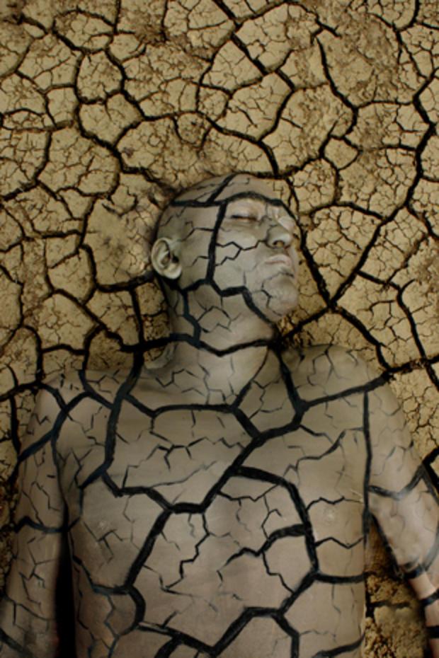 body-painting-broken-soil.jpg