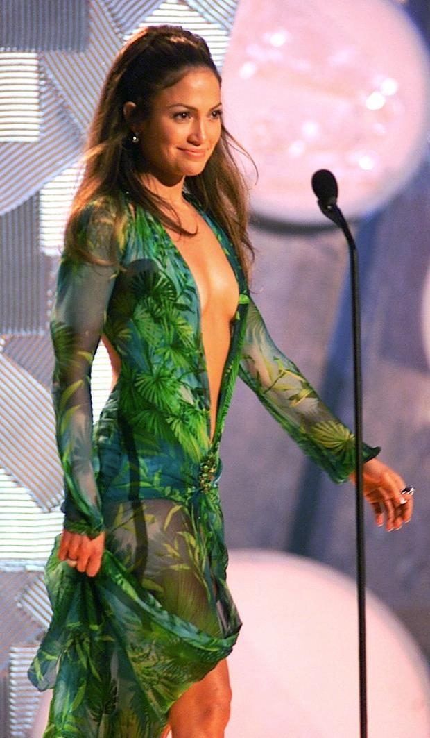 Jennifer Lopez: The Versace gown