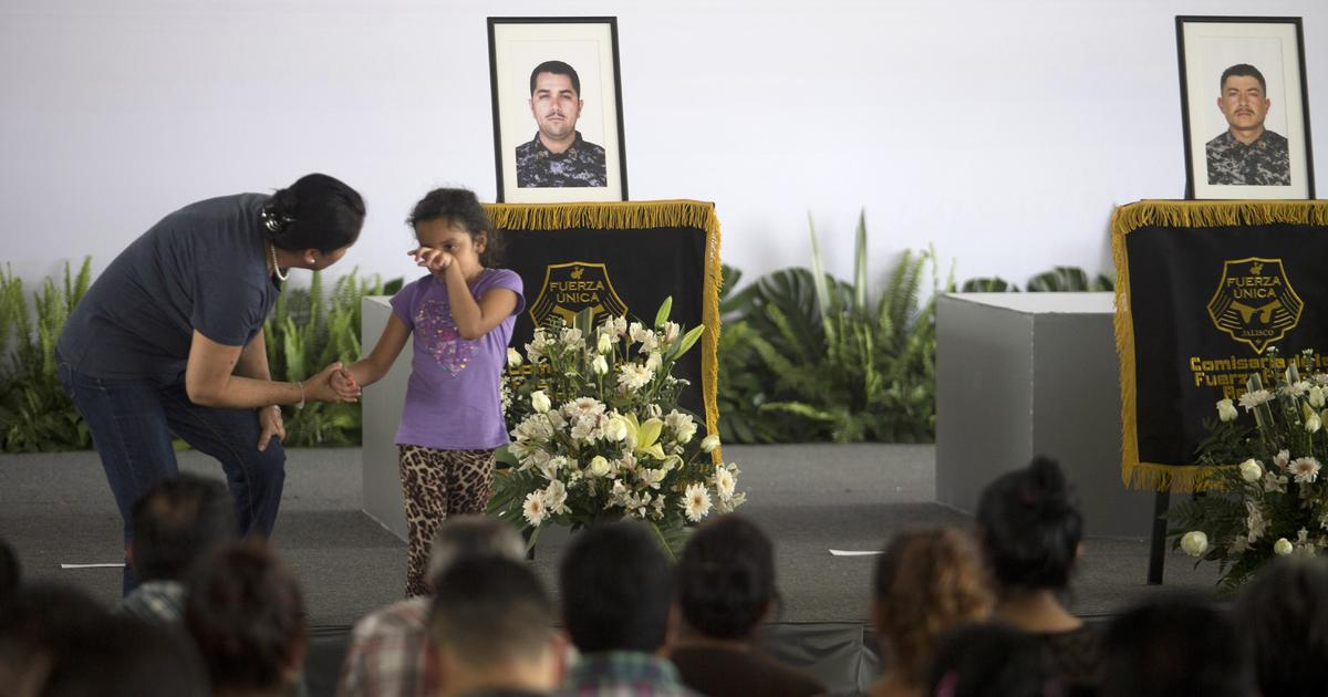 Dozens reported killed in shootout in Mexico cartel