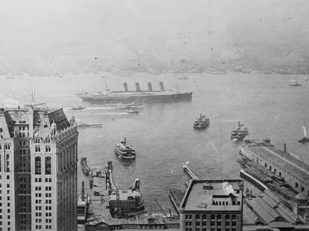 lusitania-as-seen-from-singer-building-nyc.jpg