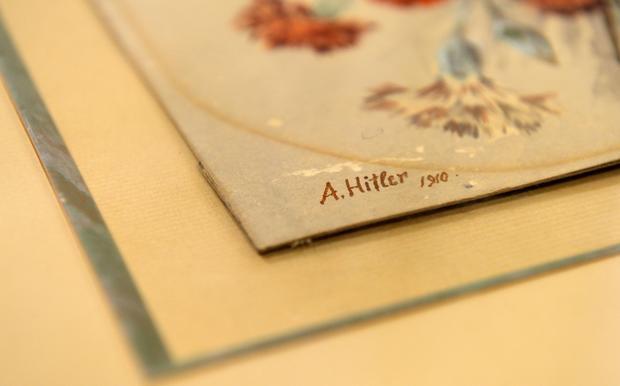 Hitler-art-gettyimages-476660112.jpg